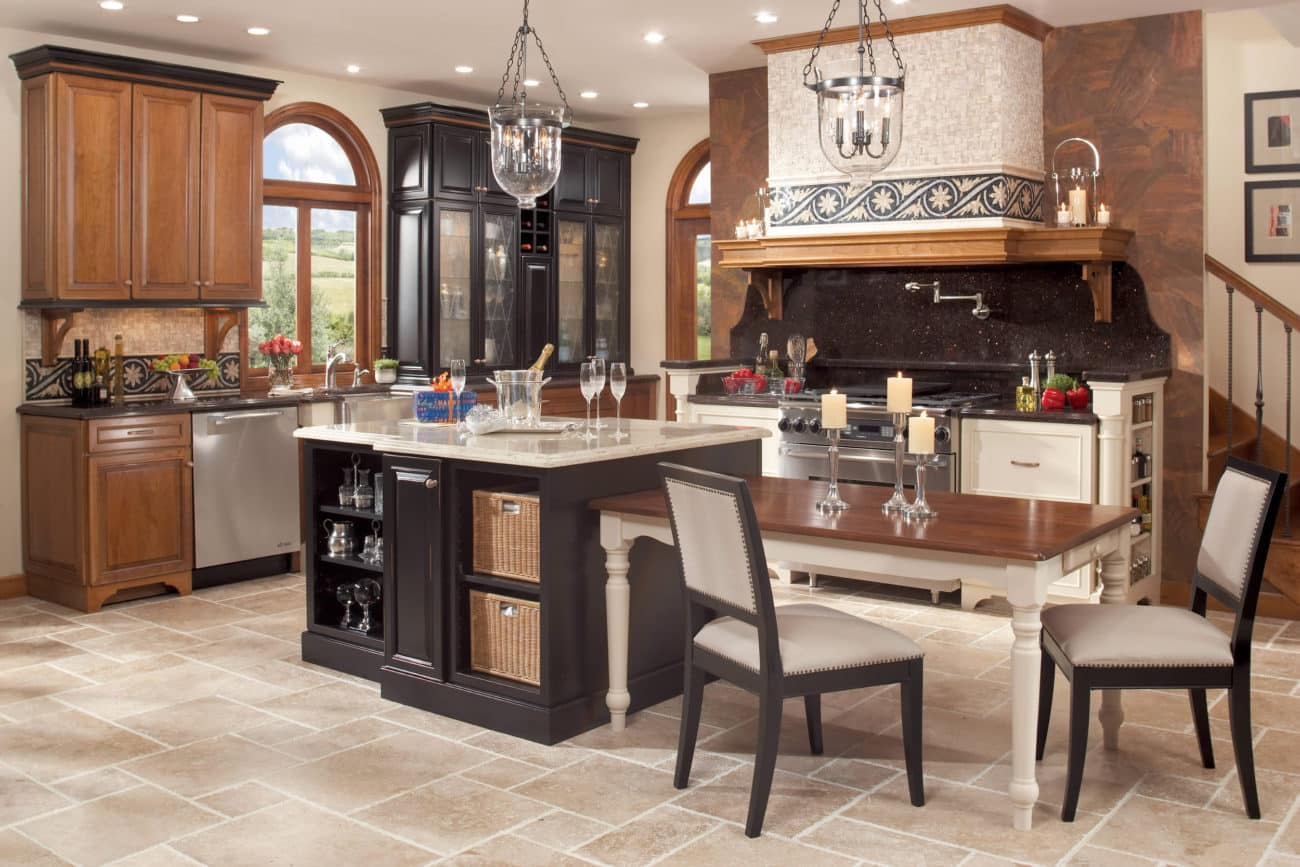 Tuscan Kitchen Cabinets and Countertops - | Aesops Gables (505 ...
